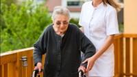 Yaşlı Bakıcılığı İle Ek Gelir Elde Etmek